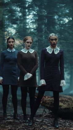 Kiernan Shipka, Sabrina Spellman, Witch Aesthetic, Angel Eyes, Netflix Movies, Series Movies, Coven, Tv Shows, Goth