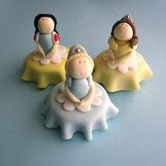 Disney Princess cupcakes. by luz