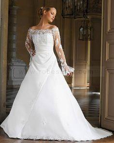 Robes de mariée A-ligne avec manches longues.