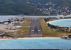 Pilot's view to SXM and Maho Beach.