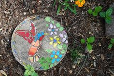 How to Make a Garden Mosaic Stepping Stone, good Mother's Day or Father's Day gift idea