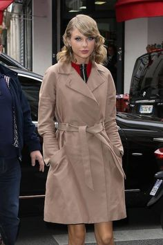 Taylor arrives at the C a Vous TV show on Oct. 7, 2014, in Paris, France.  Getty -Cosmopolitan.com