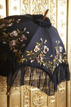 France, black gauze umbrella with embroidery and appliqué, 1890s–1900s, gauze, silk threads, tinted velvet