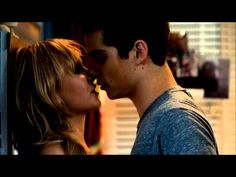 ▶ Dylan O'Brien's Love Scene - The First Time - YouTube
