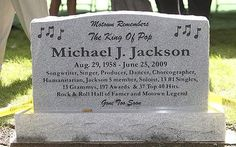 A granite headstone at the burial site at Woodlawn Cemetery in Detroit for the mementos left for singer Michael Jackson outside the Motown Historical Museum Cemetery Monuments, Cemetery Headstones, Old Cemeteries, Cemetery Art, Graveyards, Jackson 5 Members, Michael Jackson Grave, Unusual Headstones, Famous Tombstones
