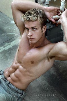 Hot Guys Working Out | hot-guys-hot-guys-5423339-600-900.jpg