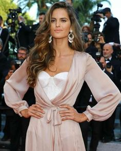 IZABEL GOULART AT CANNES 2016 #howtochic #ootd #outfit