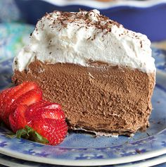 Rich, creamy chocolate mousse pie is a perfect treat for everyone who likes mousse and chocolate. Deep, decadent mousse is nestled in a chocolate coated chocolate cookie crust and topped with a …