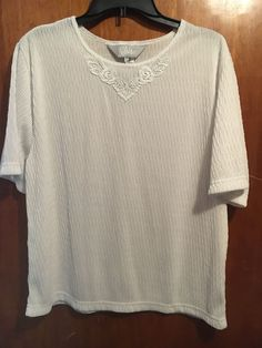US $9.75 Pre-owned in Clothing, Shoes & Accessories, Women's Clothing, Tops & Blouses