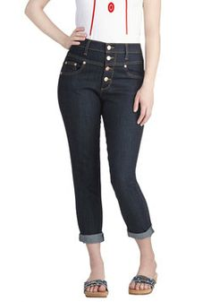 Karaoke Songstress Jeans in Cropped Cut, #ModCloth Judy Blue #70141 #152 80% Cotton, 16% Polyester, 4% Spandex. size 0