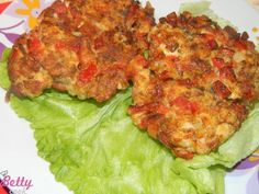 Placki z piersi z kurczaka - Bettycook.pl - Blog o przepisach i gotowaniu Tandoori Chicken, Salmon Burgers, Lunch Recipes, Cauliflower, Meat, Dinner, Vegetables, Ethnic Recipes, Blog