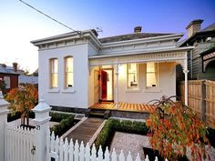 Photo of a rendered brick house exterior from real Australian home - House Facade photo 162623