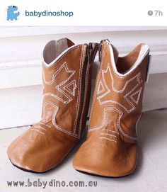 @Baby Dino  has some seriously cute baby clothes and shoes!!