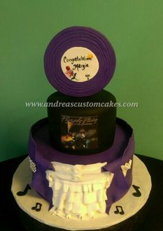 That is so my wedding cake Prince Cake, Prince Party, Rain Cake, Prince Birthday Theme, Artist Cake, Rain Wedding, Prince Purple Rain, Purple Party, Elegant Cakes