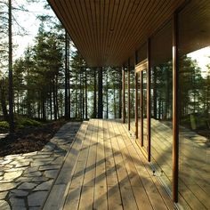 Villa K&Y by Meark Architects, www. Houston Houses, Summer Cabins, Lakeside Cottage, Wood Architecture, Architect Design, Interior And Exterior, Building A House, Villa, House Design
