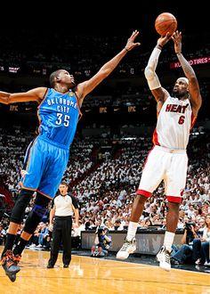 Kevin Durant and LeBron James my 2 favorites Sports Teams, Nike Soccer, Men's Basketball, Nike Inspiration, Nike Air Max 2012, Nike Boots, Nike High Tops, Nba, Basketball