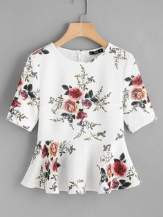Best 12 Shop Zipper Back Ruffle Hem Peplum Top online. SheIn offers Zipper Back Ruffle Hem Peplum Top & more to fit your fashionable needs. Peplum Blouse, Peplum Tops, Sleeveless Tops, Floral Blouse, Summer Shirts, Short Sleeve Blouse, Cute Tops, Blouse Designs, Blouses For Women
