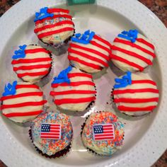 4th of July Cupcakes :)