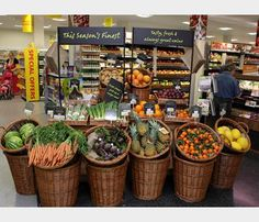 Store fruit and veg shop, fruit displays, market displays, store displays. Produce Displays, Market Displays, Fruit Displays, Store Displays, Retail Displays, Window Displays, Fruit And Veg Shop, Vegetable Shop, Food Retail