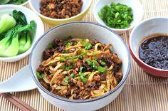 Dan Dan Noodle.  Sichuan street food.