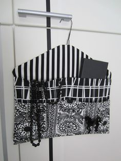 Storage with cloth hanger How To Make Clothes, Diy Clothes, Clothes Hanger, Hangers, Fabric Scraps, Fabric Bags, Hobbies And Crafts, Diy And Crafts, Closet Safe