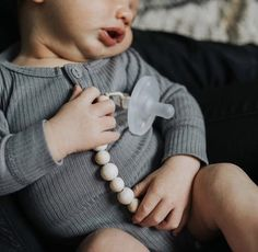 Pair our soother clips with your favourite PATpat. We are so happy to be a Canadian carrier for Ryan and Rose. #thebabyniche #sootherclip #soother #patpat #babyboy #babylife #momlife #babygift #babyshower #canadian #teething