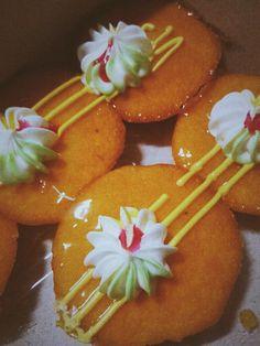 Old day mini orange cake