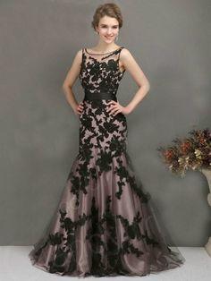 So pretty Black Long Applique dress