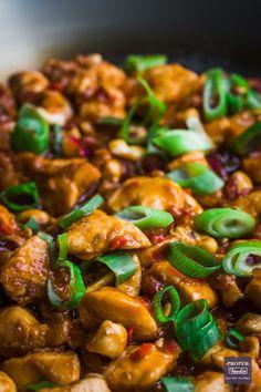 Spicy Chinese Chicken, Chinese Chicken Recipes, Spicy Chicken Recipes, Crispy Chicken, Fried Chicken, Chicken Recepies, Asian Chicken, Chicken Marinades, Chicken Meals
