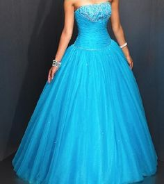 blue puffy long prom dresses… one of the prettiest dresses I've ever seen! My dream prom dress from now on! :)