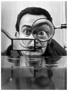 This kooky black and white portrait of artist Salvador Dali captures his eccentric personality perfectly. Dali, a surrealist painter, shows his fun side in this unique photo. Inspiration Tattoos, Figueras, Philippe Halsman, Salvador Dali Art, Foto Poster, Alberto Giacometti, Max Ernst, Magritte, Art Moderne