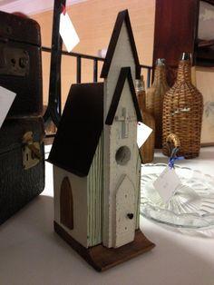 DIY Church Birdhouse Plans Wooden PDF woodworking plans in sketchup - Modern Design Wooden Bird Houses, Bird Houses Diy, Bird House Plans, Bird House Kits, Bird House Feeder, Bird Feeders, Wood Projects For Kids, Birdhouse Designs, Bird Boxes