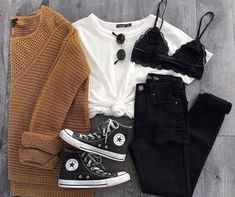 Online shopping for Learn More About Prime Wardrobe from a great selection at Clothing, Shoes & Jewelry Store. Cute Outfits For School, Cute Casual Outfits, Stylish Outfits, Stylish Girl, Teen Fashion Outfits, Look Fashion, Classic Fashion, Girl Fashion, Teenager Outfits