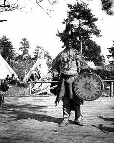 Ojibwa man – 1900