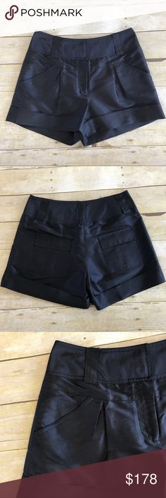 😍DVF navy silk shorts Diane von Furstenberg navy 100% silk shorts. 2 hidden front clasps and zipper. 2 front pockets, 2 back pockets. Belt loops and cuffed bottoms. Size 6. Diane Von Furstenberg Shorts