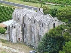 Cathédrale Saint-Pierre-et-Saint-Paul de Maguelone. Villeneuve, Romanesque Architecture, Built Environment, 12th Century, Mount Rushmore, Architects, France, Mountains, Classic