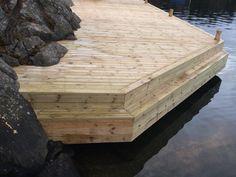 Built by Red Mount AB for client of Sjöliv. Cottage Living, Cottage Style, Stockholm Archipelago, Boat Shed, Lake Cabins, Boat Dock, Boathouse, Deck Design, Garden Inspiration