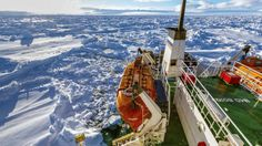 China icebreaker steams to science ship trapped off Antarctica