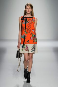 Andrew Gn at Paris Fashion Week Spring 2016 - Livingly