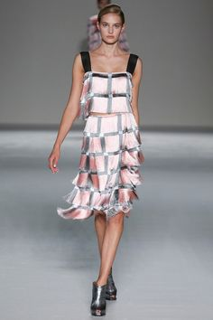 Marco de Vincenzo Spring 2015. See the collection on Vogue.com.