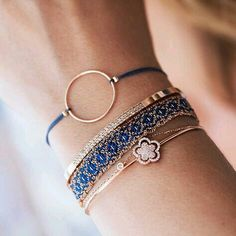 Rosé & Blue – one of our favorite combinations ✨ - Gold Jewelry Cute Jewelry, Boho Jewelry, Jewelry Box, Jewelry Bracelets, Fashion Jewelry, Jewelry Making, Blue Bracelets, Dainty Jewelry, Indian Jewelry