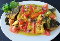 Resep Ikan Acar Kuning Asian Recipes, Ethnic Recipes, Indonesian Food, Ratatouille, Seafood Recipes, Food And Drink, Menu, Chicken, Cooking