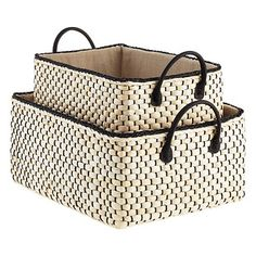 Anything but ordinary! The soft, natural color and sturdy weave of our Montauk Bins call to mind a beach house or a spa retreat in the Hamptons. Inside, you'll find ample room for storing linens, clothing and even accessories in the closet. A removable, cotton liner completes the look.
