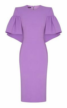 Alex Perrys satin crepe Carolie dress features cape-like sleeves with gathered detail and a fitted silhouette. Classy Dress, Classy Outfits, Sexy Outfits, Fashion Outfits, Style Fashion, Fashion Tips, African Fashion Dresses, African Dress, Crepe Dress