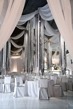Nice draping -repinned from Los Angeles County & Orange County wedding officiant https://OfficiantGuy.com #losangelesofficiant #losangelesweddings