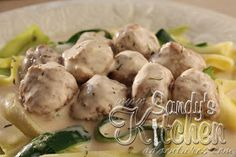 Sandy's Kitchen: Swedish Meatballs with Zucchini Ribbons tsfl lean and green
