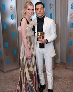Lucy Boynton and Rami Malek attend the EE British Academy Film Awards gala dinner at The Grosvenor House Hotel on February 2019 in London, England. Runway Fashion, Fashion Beauty, Letitia Wright, Lucy Boynton, Diana Fashion, British Academy Film Awards, Rami Malek, Queen, Black Ruffle