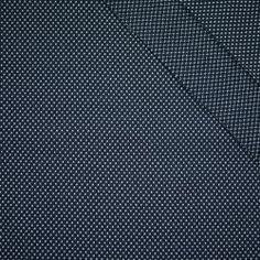 BIAŁE KRZYŻYKI / granatowa - dzianina żakardowa #dresówka#dzianina#new#fabric#materials#shop#dresowkapl#pasmanteria#jesienzima2017 #autumnwinter2017#materiały#nowości#dresówkapl#fabrics