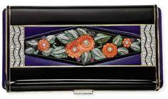 Art Deco enamel and multi-gem vanity case by Van Cleef & Arpels, USA Van Cleef And Arpels Jewelry, Van Cleef Arpels, Vintage Purses, Vintage Handbags, Belle Epoque, Art Deco Vanity, Vanity Fair, Vintage Vanity, Vintage Makeup