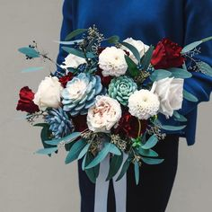 Succulent Bouquet🌷 多肉植物花球💁🏻 每個花球都是度身訂做,歡迎查詢🌷 . Shop online 👉🏻www.greeneggstore.co (link in bio) . . #weddingflowers #weddinggift #tailormade #succulent #cactus #green #plant #planting #婚禮 #多肉植物 #サボテン #多肉ちゃん #婚禮襟花 #concrete #襟花 #bouquetofflowers #greeneggstore #diy #flowercrown #bouquet #bouquets #bridaltobe #bridalbouquet #bridalshower #corsage #boutonniere #bigday #prewedding #wedding Concrete Design, Green Eggs, Cactus, Succulents, Floral Wreath, Concept, Wreaths, Fashion Design, Decor